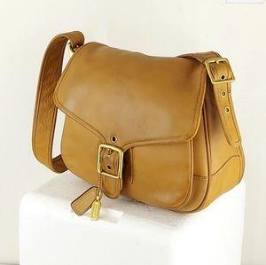 Coach Hamptons Saddle Leather Shoulder Bag